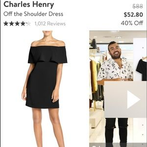 Charles Henry off the should dress size XS